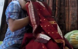 amateur indian wife sucks throbbing cock