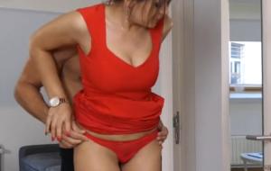 Italian woman lets boyfriend analyze her before work