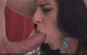 Naughty indian milf does professional blowjob to lover