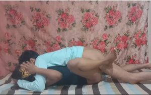Doodhwali Indian College Girl Sex Adventure