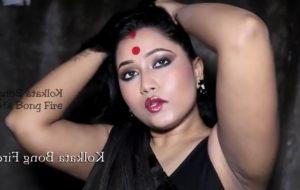 Desic cute chubby girl – amateur Indian babe solo