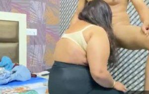 Desi aunty fucked by 18 years old virgin boy