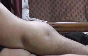 Desi Bhabi ko sobjiwala jobordosti se choda!!! natural sex
