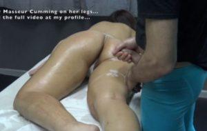Masseur Jack Arabian Client'S Unshaved pussy at massage Apartment