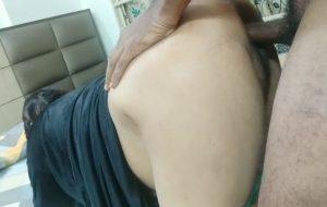 Saavi bhabhi fucked by her lover